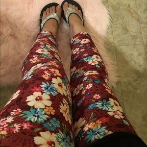 🛍New Cropped Floral Legging🛍